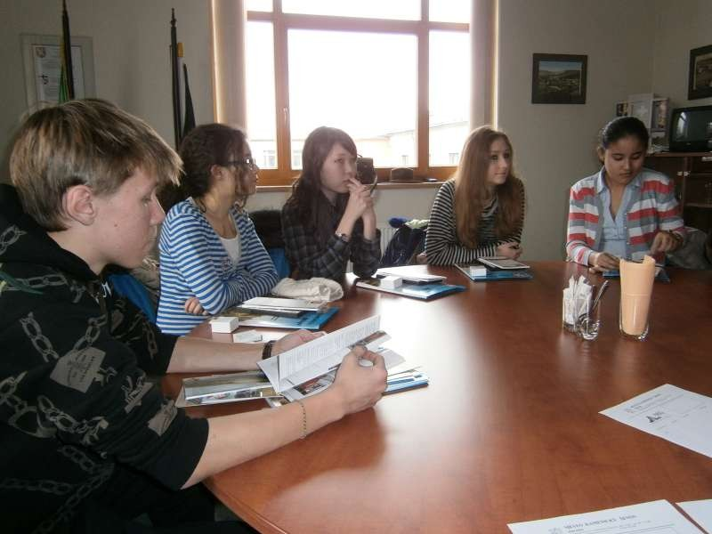 Kazakhian students at the city office of Kamenicky Senov